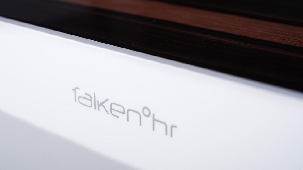 Falkenohr
